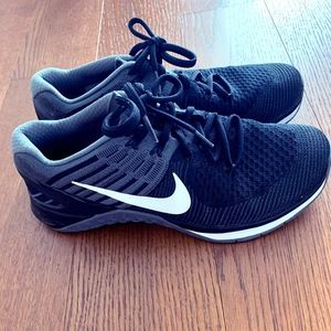 NIKE Metcon DSX Flynit